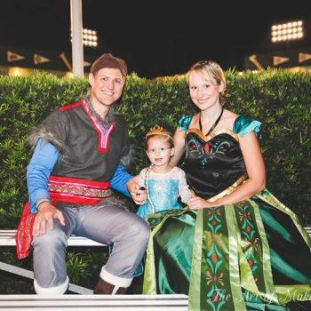 Family Halloween: Frozen (surprise! Surprise!)