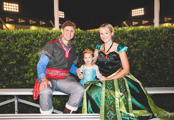 Family Halloween: Frozen (surprise! Surprise!)