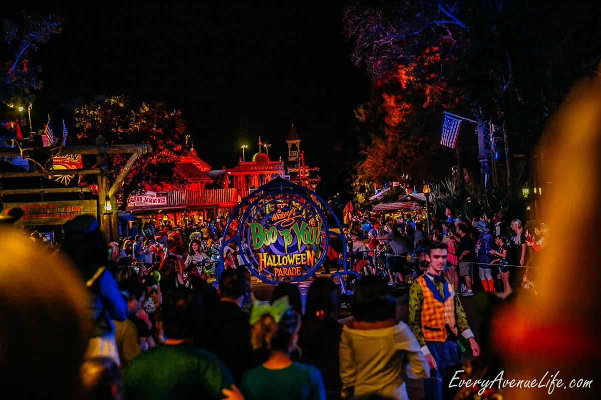 Mom-Blog-Mickey's Halloween Party-9330